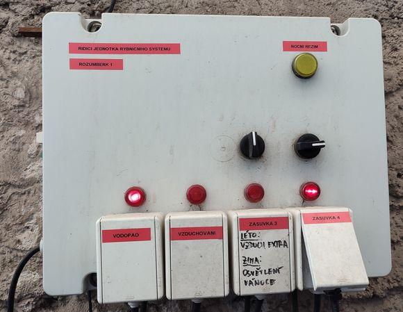 Řídící jednotka rybničního systému Rožumberk 1
